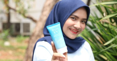 Lindungi Kulitmu Dengan Sunscreen Anti White Cast!